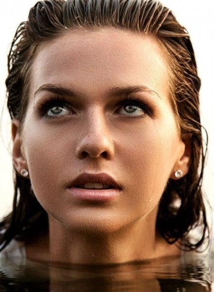 фотосессия девушка в воде портрет +7 926 222 8521 Komlevs.ru Москва